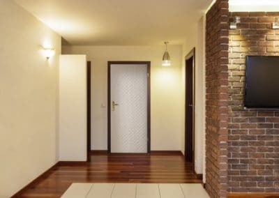 Spacious apartment - corridor